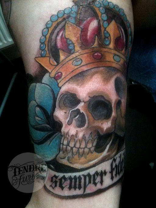 Skull King / Arm